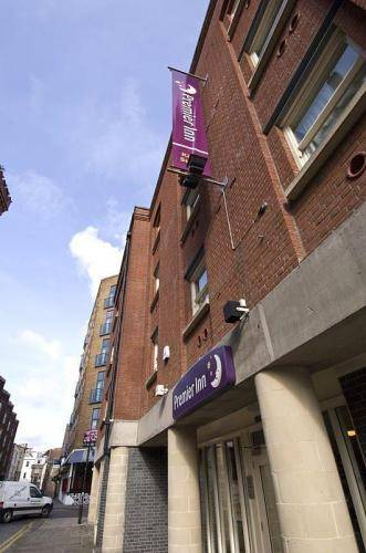 Premier Inn Bristol City Centre (King St.)
