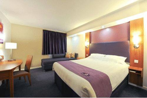 Premier Inn Edinburgh Airport (Newbridge)
