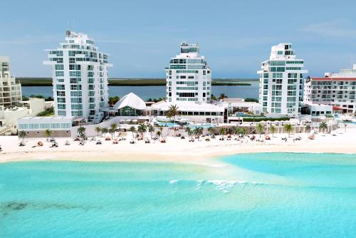 Oleo Cancun Playa All Inclusive