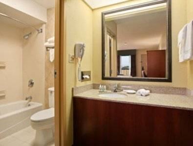 Baymont Inn and Suites Jacksonville / Camp Lejeune