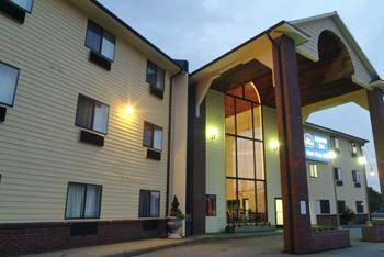 Best Western Airport Inn Warwick