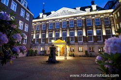 The Grand Amsterdam Sofitel Legend